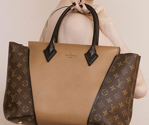 How to Tell If A Louis Vuitton Bag is Real or Fake  10 Insider Tips 53df40ef46