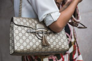 how to buy an authentic gucci purse